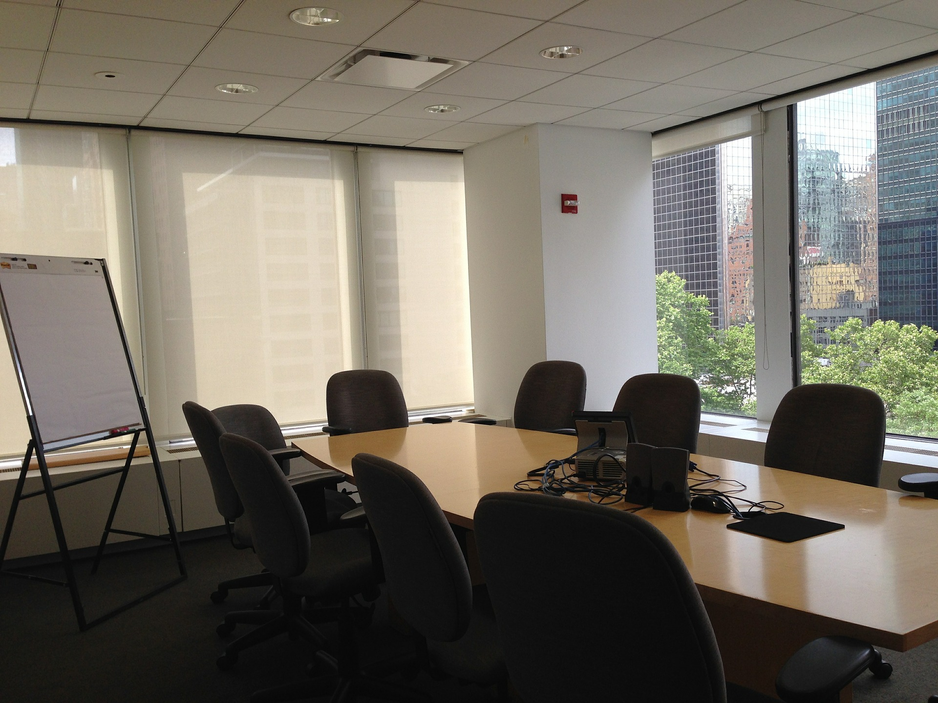 conference-room-386366_1920