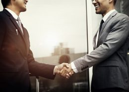 How business management consultants make successful mergers and acquisitions